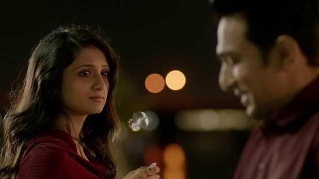 Love Ni Bhavai Film Romantic Scene