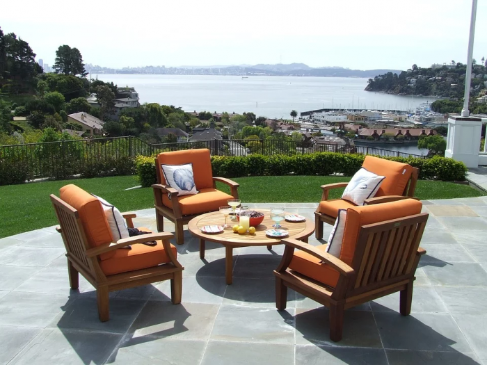 4 Things to Consider Before Choosing Your Outdoor Patio Furniture Covers